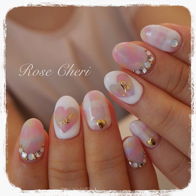 #イニシャルネイル • Instagram photos and videos (238973)