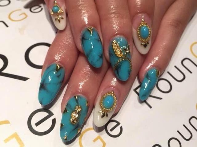 Nail & Eyelash Salon RounGe (239660)