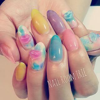 @nailroom_irie - #シロップネイル に #くちびる💋 美味しそうな感じになりマシタw#nail #nails... - Pikore (241618)