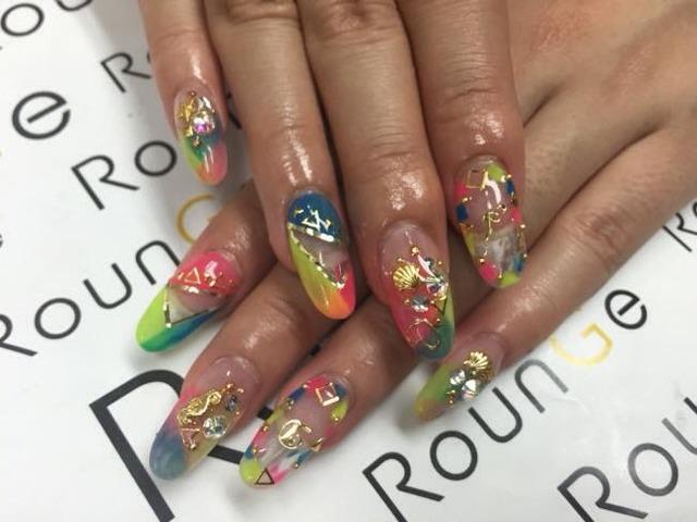 Nail & Eyelash Salon RounGe (243134)