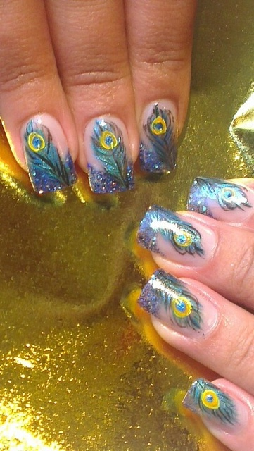 8 Spectacular Style for Nails That Will Make You Proud as a Peacock | Diply (257791)