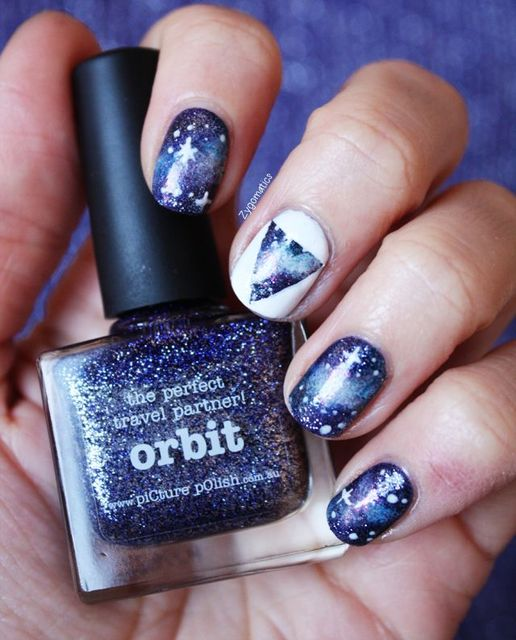 Hello Galaxy nails. I love how they did this. My fave is the white nail though that takes some precision. #nails #style | nail design | Pinterest (260814)