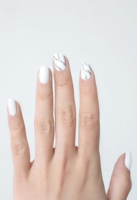Le Fashion: NAIL ART INSPIRATION: MARBLE MANICURE (262800)