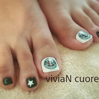 @viviancuore - フットの季節到来 ٩(๑•̀ڡ•́๑)و#viviaNcuore #フットネイル... - Pikore (263561)