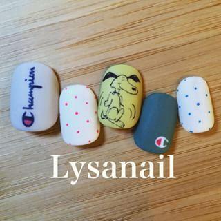 @lysanail - .【プラン外・通常メニュー】ヴィンテージスヌーピーチャンピオンusedネイル👯💓←そのまま... - Pikore (263755)