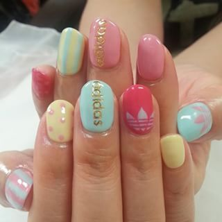 @takammy124 - #nail #nailart #gel #girls #adidas... - Pikore (263844)