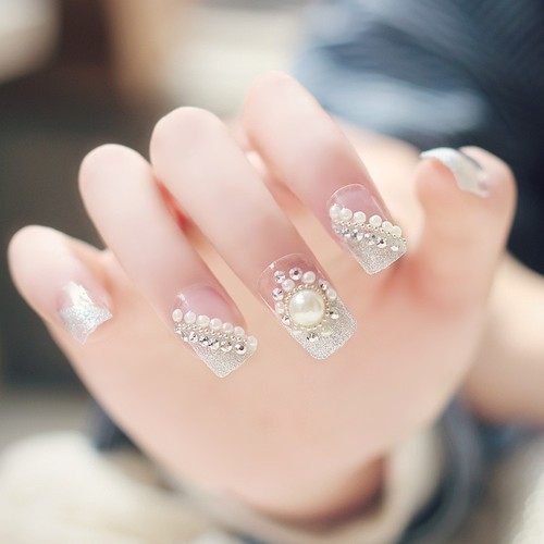 false nail | We Heart It (284975)