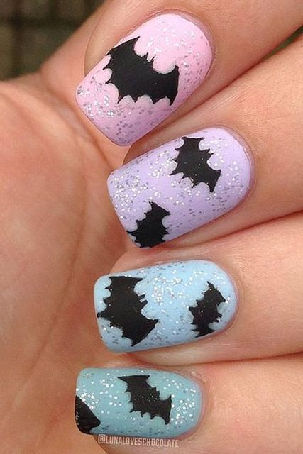 33 Amazingly Boo-tiful Halloween Nail Art Ideas (285617)