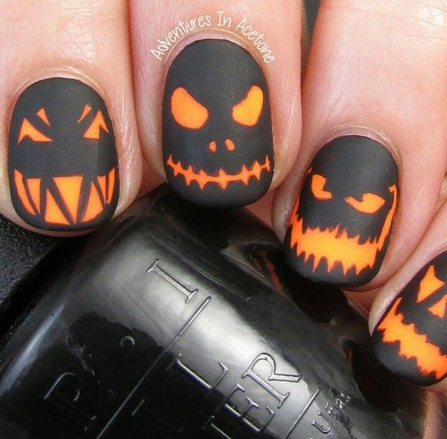 The Digit-al Dozen DOES Spooky Days, Day 1: Glowing Jack 'O Lanterns... (285622)