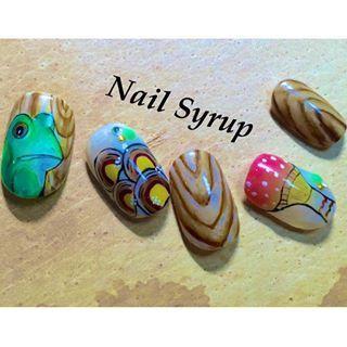 @nail.syrup - カエルトキノコ。これマットコートでも可愛いな🐸✨🍄_#nail #nails... - Pikore (292768)