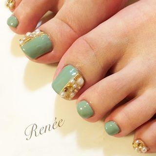 @riyo1621 - ...やわらかカーキ☺︎..#nailsalonrenee#nail#nails#... - Pikore (292868)