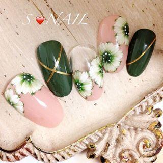 @snail_saorin - デイジー🌼ネイル💅まずは、カーキver.... - Pikore (292884)