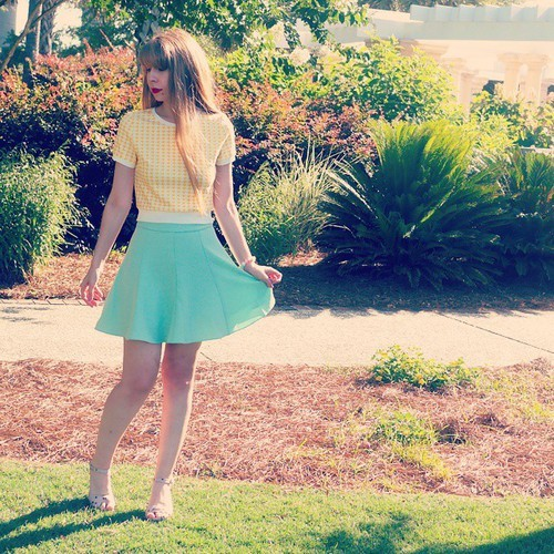 Margarita Bloom (@margaritabloom) • #ootd This pastel hounds tooth crop top and green skirt set will be coming to our shop!! It will also come in Pink!!! Isn't it gorgeous!!!! #fashion #fashionobsessed #houndstooth #pastel #yellow #summer #sunshine #blond by Margarita Bloom | We Heart It (320236)