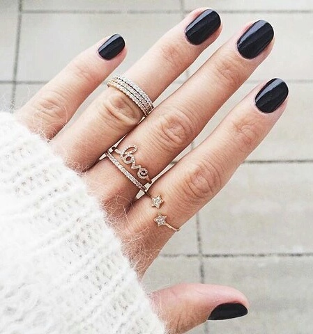 Bijoux et vernis :) by noémie clermont | We Heart It (320271)