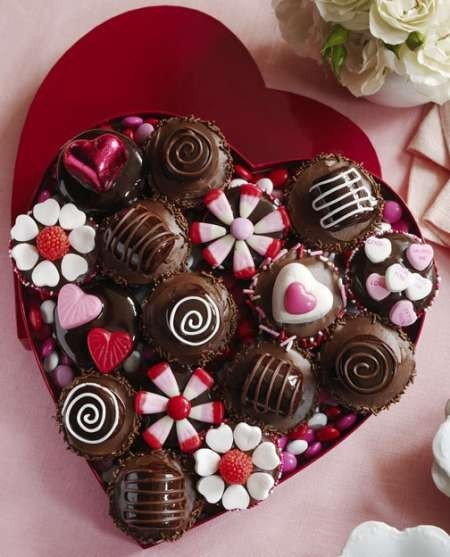 striped: Valentine's Day Cupcakes & Valentines Cupcake Decorating Ideas,... - Sweets (324448)