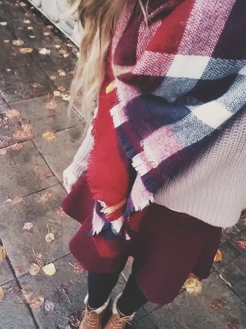 blonde, pattern, and scarf by watermelonbeauty | We Heart It (327840)