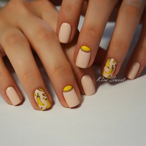 Very funny and cool nail art🍌🍌🍌 by ⚜ Julia_Van_Cleef ⚜ | We Heart It (344463)
