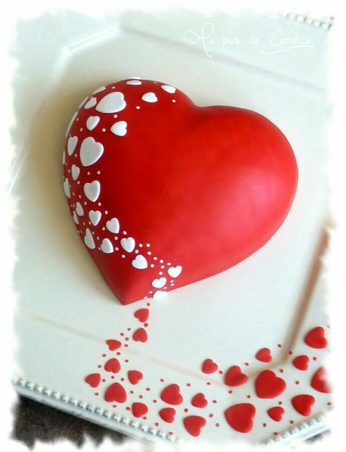 heart cake by l'm Queen and daughter of Lion.. | We Heart It (354704)