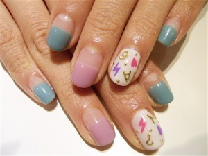イニシャルネイル | Little Happiness Nail Gallery (357179)