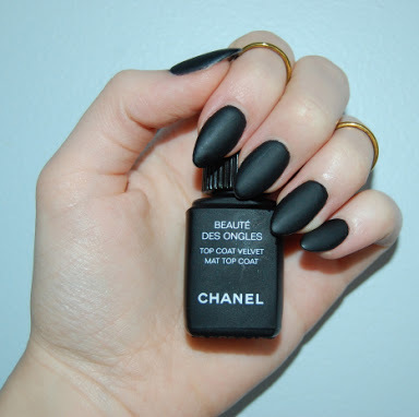 Beautiful black matte nails by ✩ twinkle ✩ | We Heart It (365195)