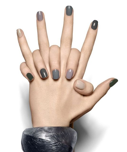 Grey ombre, just in time for fall. | Nail | Pinterest | ネイル、オンブレ、エッシー (370342)