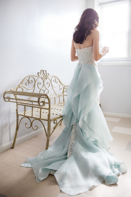Oscar de la Renta Blue and White Wedding Dress (371500)