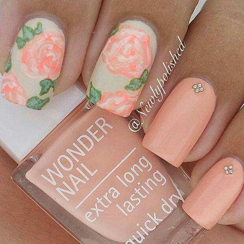 Cute pastel floral nails☆ by Betti | We Heart It (374722)