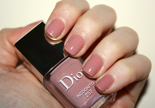 A Little Bit etc.: Sunday Nailday: Dior Vernis Incognito 257 (380450)