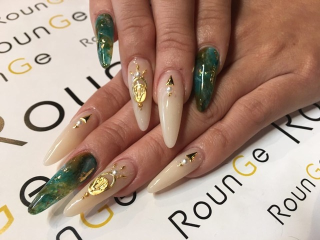 Nail & Eyelash Salon RounGe (383519)