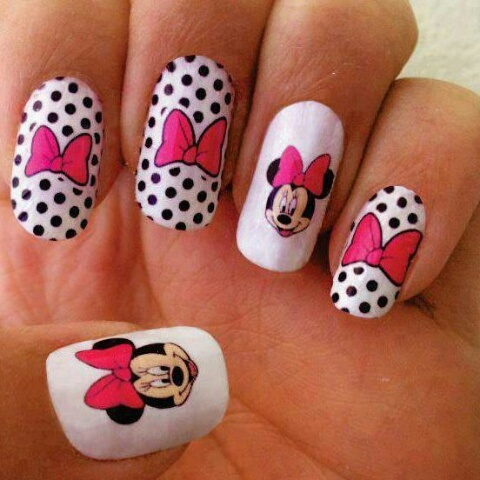 Minnie's nails by snezastipac1307 | We Heart It (388746)