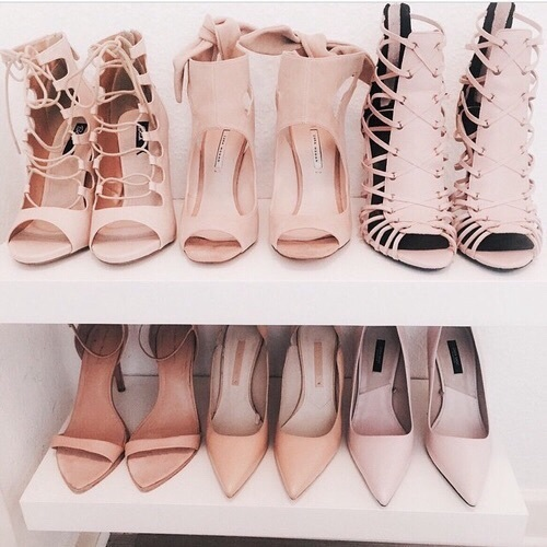 Nude heels always brings out a simple outfit 😉.  by cнαηεℓ ♡ | We Heart It (394808)