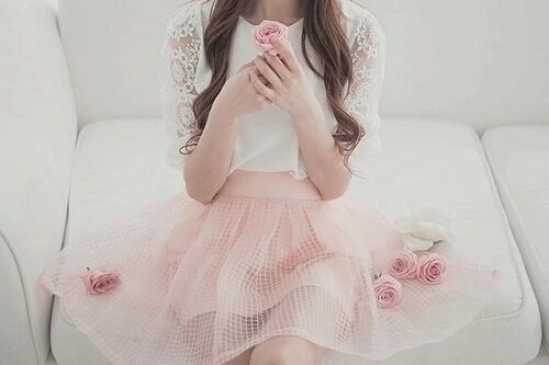 🌸as sweet as roses🌸 by Antonella Campos | We Heart It (396175)