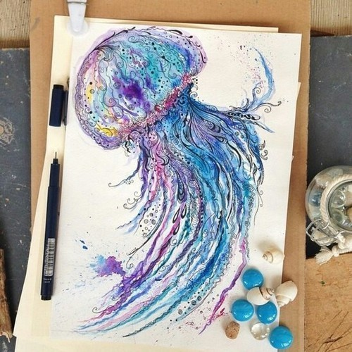 Beautiful jellyfish 💜😌 by Pauline Mercer | We Heart It (435257)