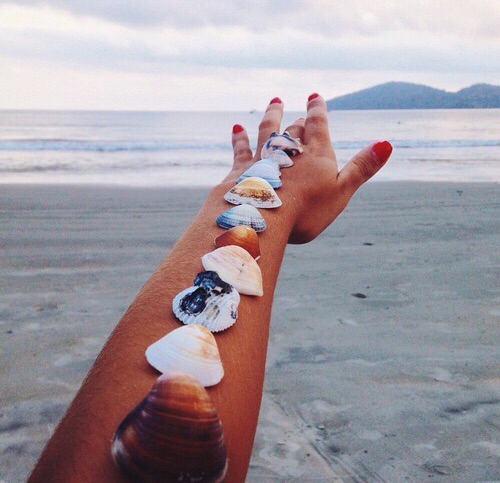 Summer please hurry up by 17 Revolutions | We Heart It (446723)