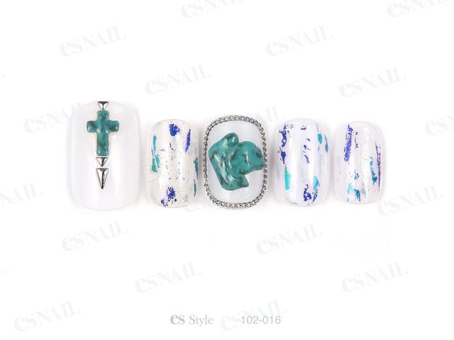 【16】天然石の装飾をポイントで入れ、重たくなり過ぎな...