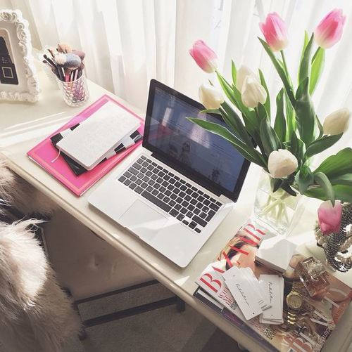 polaris ❀ | via Tumblr | We Heart It | room, desk, and girly (479188)