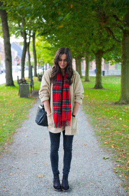 THE STYLING DUTCHMAN.: Outfit: bundled up in teddy coat and plaid scarf by Fairydust | We Heart It (488417)