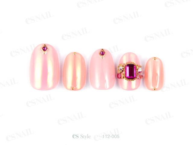 ピンク×サーモンピンクに、濃いピンクのストーンをアクセ...