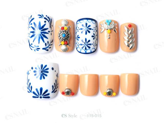 今年流行の刺繍のデザインを夏らしく、リゾート感あるカジ...