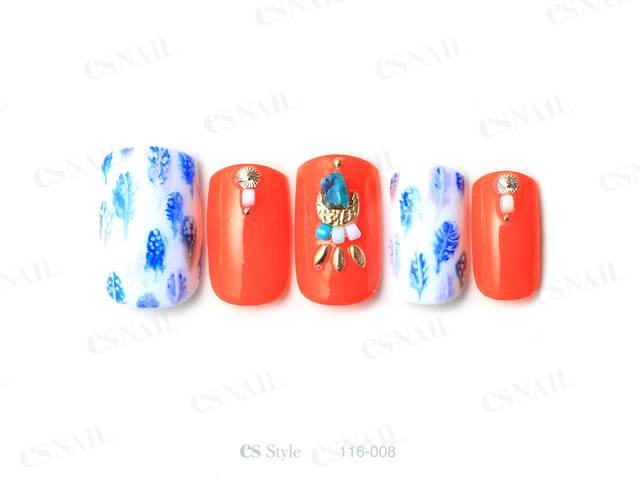 オレンジと水色で夏らしいデザインにしました。