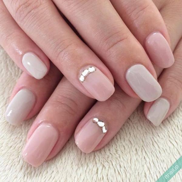 Lottie nail (代々木上原)が投稿したネイルデザイン [photoid:I0024548] via Itnail Design (557359)