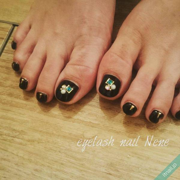 https://www.instagram.com/eyelash_nail_nene/ (557390)
