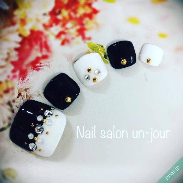 https://www.instagram.com/nail_salon_unjour/ (557396)