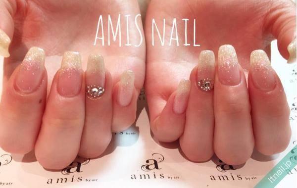 amis nail (銀座)が投稿したネイルデザイン [photoid:I0024589] via Itnail Design (557495)