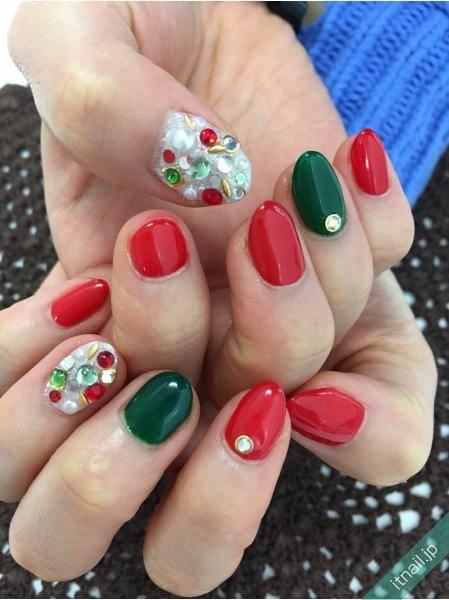 赤×緑でクリスマスネイルの完成