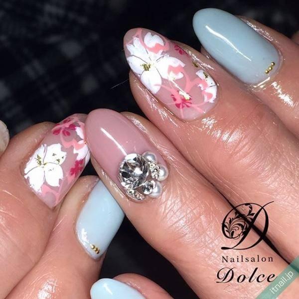 テキスタイルのような桜アート