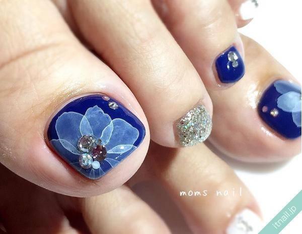 垂らし込まれたお花デザイン!