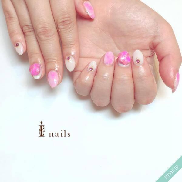 I nails (アイネイルズ)が投稿したネイルデザイン [photoid:I0028634] via Itnail Design (573808)
