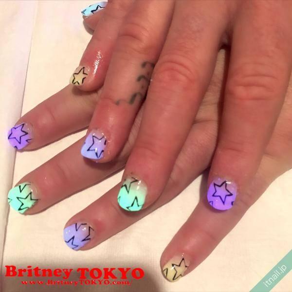 Britney TOKYOが投稿したネイルデザイン [photoid:I0044499] via Itnail Design (583493)