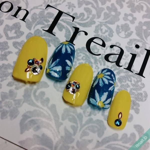 Treail (大阪)が投稿したネイルデザイン [photoid:I0052125] via Itnail Design (595751)